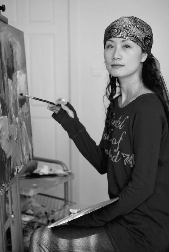 石滢 毕业于上海华东师范大学艺术教育系油画专业 上海美术家协会会员