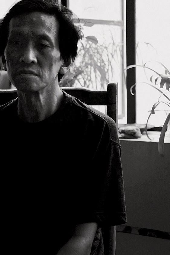 王劼音(特邀名家) 1941   生于上海 1966   毕业于上海美术专科学校 1983   任教于上海大学美术学院  1986   维也纳应用艺术大学及维也纳美术学院进修