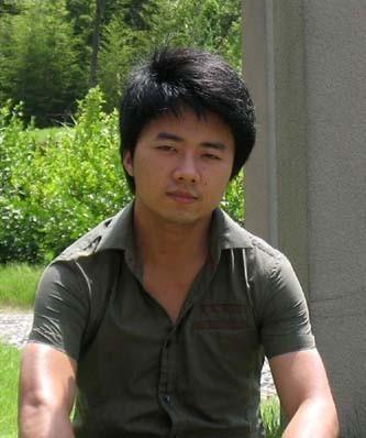 何聪  1987年 出生于湖南 岳阳 09年毕业于湖南师范大学美术系 现为上海大学美术学院油画系研究生