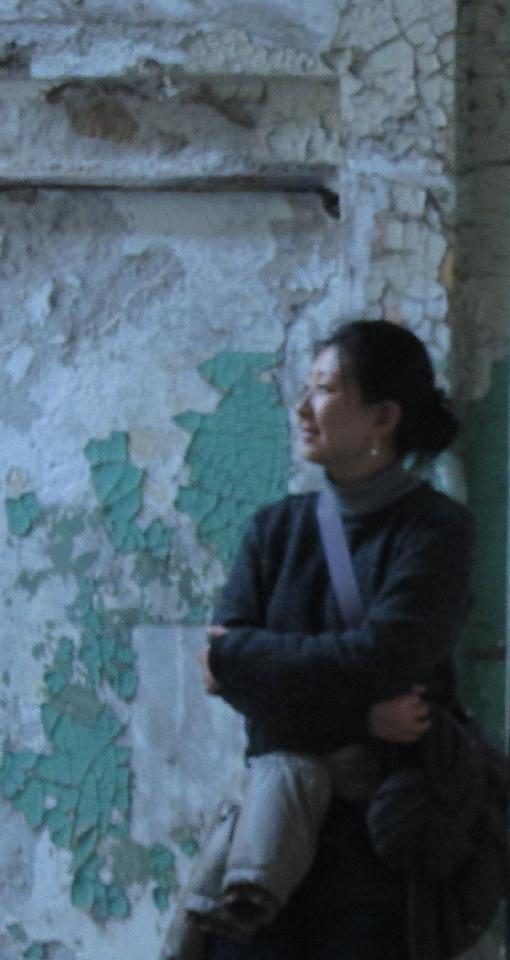 王伊楚 生于上海,2008年硕士毕业于华东师范大学艺术学院美术系,现任教于华东师范大学美术系