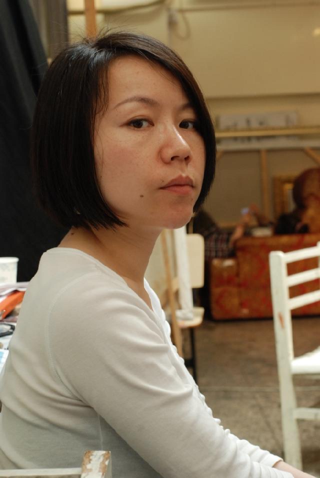 杜佳 杜佳,生于江西南昌,定居上海。江西师范大学美术教育专业。行走于艺术与现实世界之间,只有起点,没有终点。