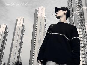 薛帅 1986年生于广东湛江!2006年9月至2010年7月 常州工学院  艺术教育(美术)  本科,获学士学位。