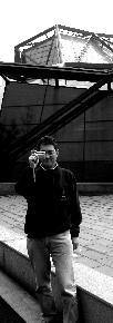 陈寅 1950年生与上海,毕业于华东师范大学艺术系,中国美术家协会会员