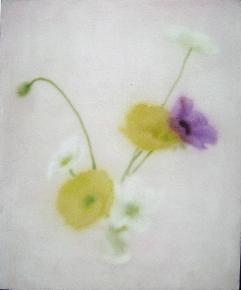 玻璃杯里的花